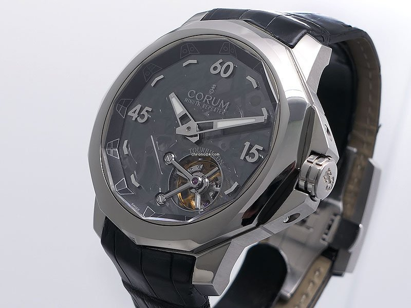Corum Admiral's Cup (submodel) 010.102.04/0001 AO15 2011 pre-owned