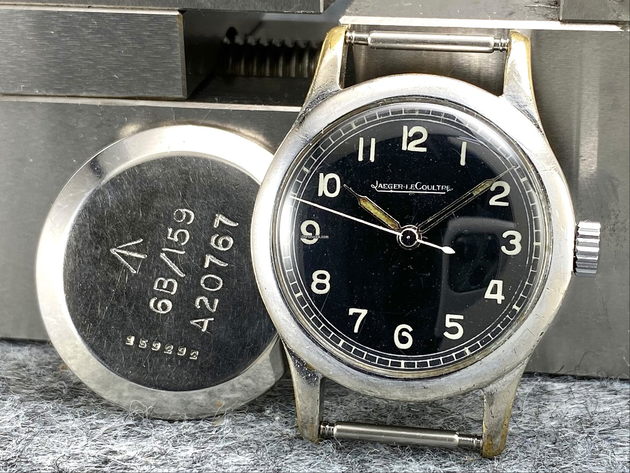Jaeger-LeCoultre Jaeger LeCoultre Military 6B/159 | 1943 1943 pre-owned