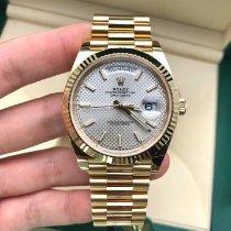 Rolex Day-Date 40 Geelgoud 40mm Zilver