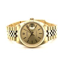 Rolex Oyster Perpetual Date Yellow gold 34mm Gold No numerals United States of America, California, La Jolla