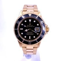 Rolex Submariner Date 16808 Very good Yellow gold 40mm Automatic United States of America, California, Beverly Hills