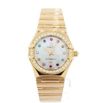 Omega Rose gold Quartz Mother of pearl 22.5mm pre-owned Constellation