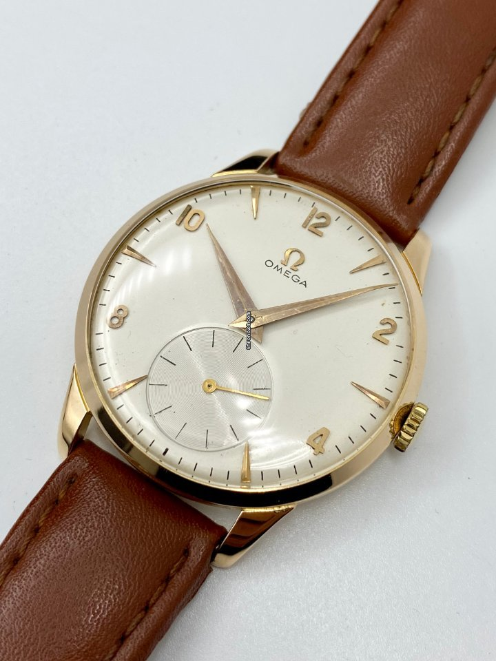Omega 2687 pre-owned