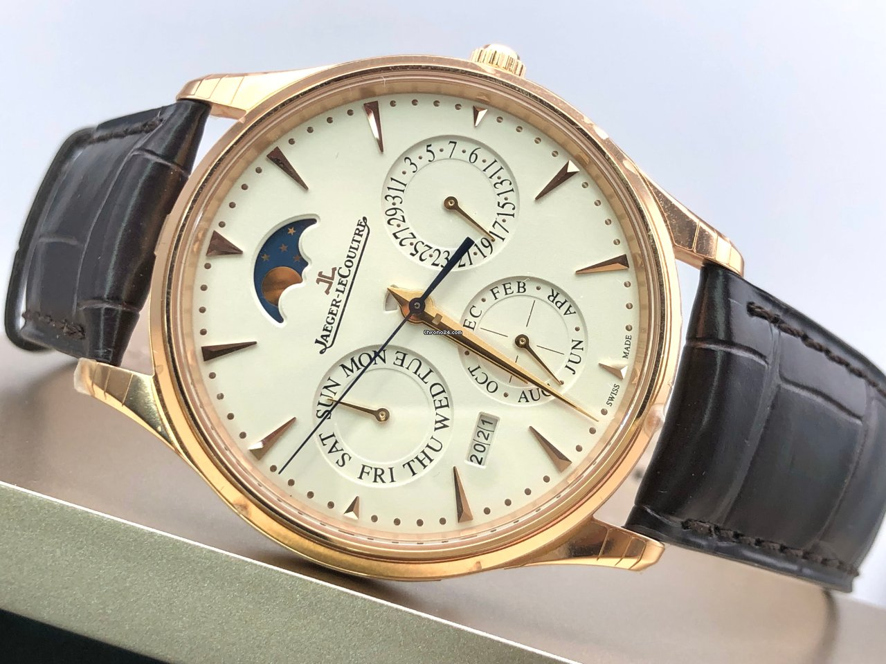 Jaeger-LeCoultre Master Ultra Thin Perpetual Q1302520 2021 new