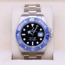 Rolex White gold Automatic Black No numerals 41mm pre-owned Submariner Date