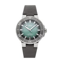 Oris Aquis Date Steel 39.5mm Green No numerals United States of America, Pennsylvania, Bala Cynwyd
