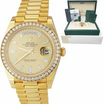 Rolex Day-Date 40 pre-owned 40mm Champagne Date Yellow gold