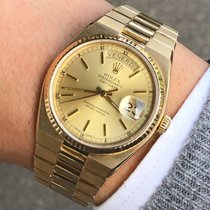 Rolex Day-Date Oysterquartz Or jaune 36mm Or Sans chiffres