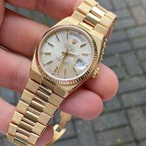 Rolex Day-Date Oysterquartz Or jaune 36mm Gris Sans chiffres