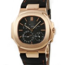 Patek Philippe Red gold Automatic pre-owned Nautilus