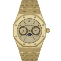 Audemars Piguet Royal Oak Day-Date pre-owned 36mm Champagne Moon phase Date Weekday Yellow gold