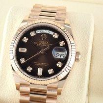Rolex (ロレックス) Day-Date 新品 2021 自動巻き 正規のボックスと正規の書類付属の時計 128235