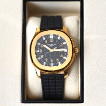 Patek Philippe 5065J-001 Yellow gold 2005 Aquanaut 38mm pre-owned