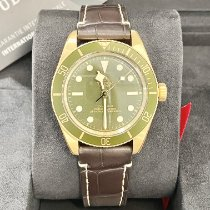 Tudor Yellow gold Automatic Green No numerals 39mm new Black Bay Fifty-Eight