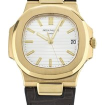 Patek Philippe Yellow gold Automatic White 40mm pre-owned Nautilus