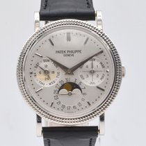 Patek Philippe Perpetual Calendar White gold 36mm White