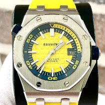Audemars Piguet Royal Oak Offshore Diver pre-owned 42mm Yellow Date Rubber