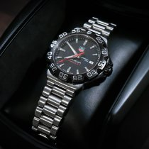 TAG Heuer pre-owned Quartz 41mm Black 20 ATM