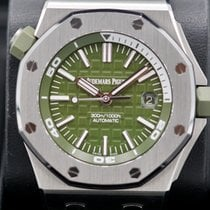 Audemars Piguet Royal Oak Offshore Diver folosit 42mm Verde Data Cauciuc