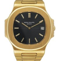 Patek Philippe Yellow gold Automatic Black 42mm pre-owned Nautilus