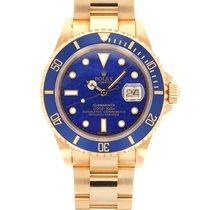 Rolex Yellow gold Automatic 40mm pre-owned Submariner Date