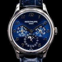 Patek Philippe Perpetual Calendar White gold 39mm United States of America, Massachusetts, Boston