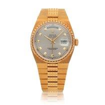 Rolex Day-Date Oysterquartz Oro amarillo 36mm Negro