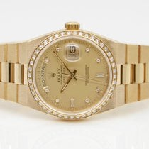 Rolex Day-Date Oysterquartz Yellow gold 36mm Gold No numerals