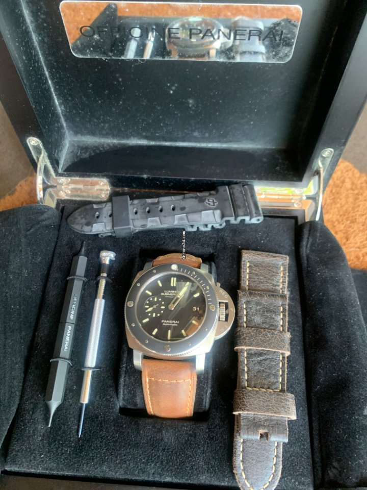 Panerai Luminor Submersible 1950 3 Days Automatic PAM 00389 2013 pre-owned