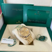 Rolex Day-Date 40 Yellow gold 40mm Champagne United States of America, New Jersey, Totowa