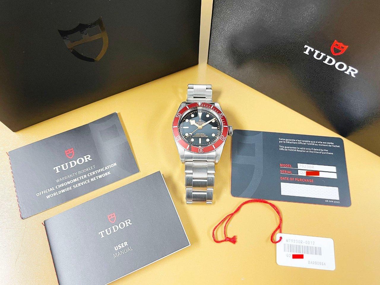 Tudor Black Bay 79230R pre-owned