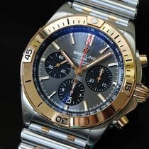 브라이틀링 Chronomat 금/스틸 42mm