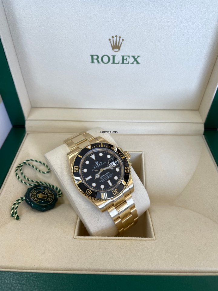 Rolex Submariner Date 116618LN 2015 pre-owned