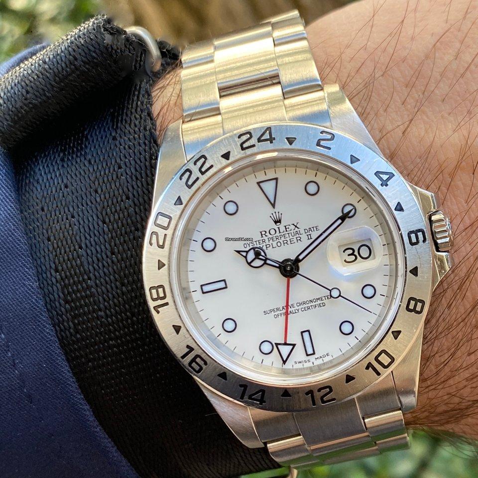 Rolex Explorer II 16570 2005 pre-owned