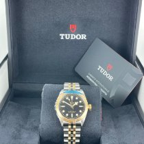 Tudor Black Bay 32 Yellow gold 32mm Black