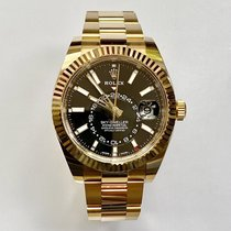 Rolex Sky-Dweller Желтое золото 42mm Черный
