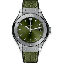 Hublot Classic Fusion Quartz Titanyum 33mm Yeşil Rakamsız