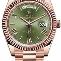 Rolex Day-Date 40 Pозовое золото 40mm Зеленый Римские