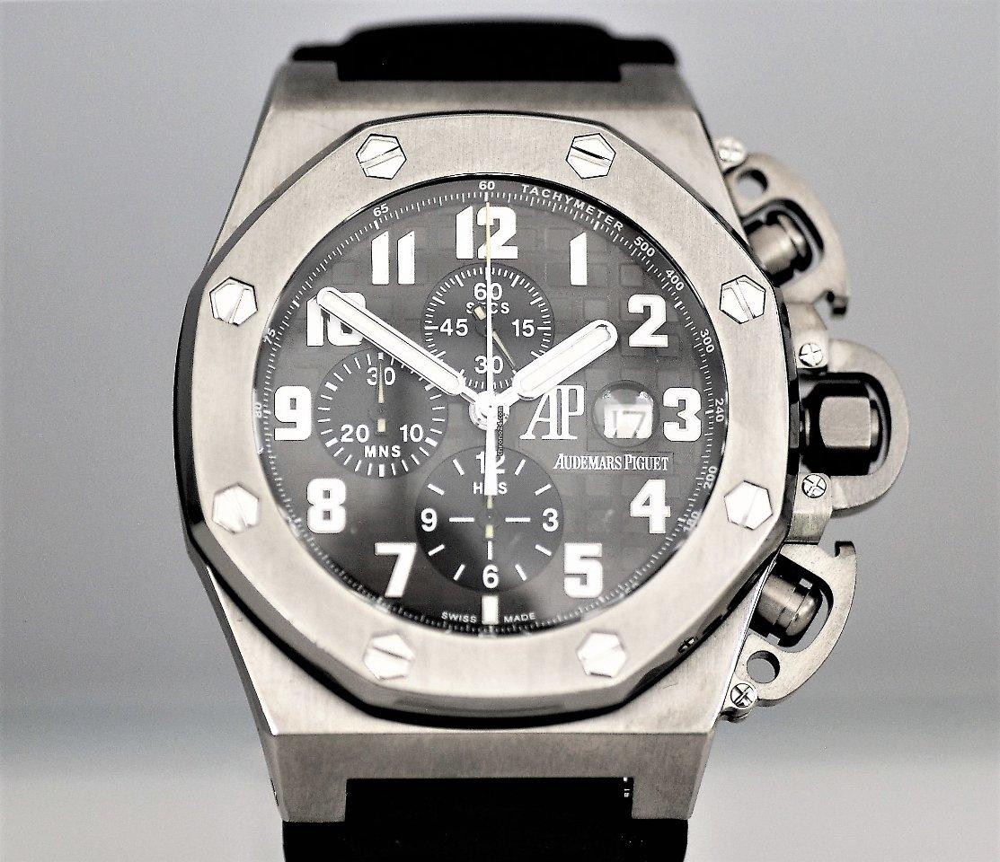 Audemars Piguet Royal Oak Offshore Chronograph 25863TI.OO.A001CU.01 2004 tweedehands