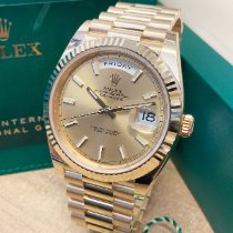 Rolex Day-Date 40 Yellow gold 40mm Gold No numerals