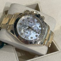 Rolex Yellow gold Automatic Mother of pearl No numerals 40mm pre-owned Daytona
