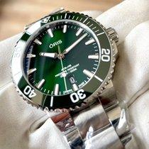 Oris Aquis Date Steel 41.5mm Green No numerals
