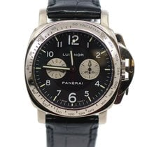 Panerai White gold Black 40mm pre-owned Special Editions