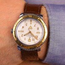 Vostok Stylish Retro Russian Wristwatch Très bon Acier 40mm Remontage manuel