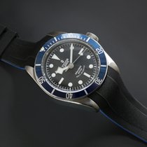 Tudor Heritage Black Bay 41mm - VulChromatic Dual-Color T800-BK/VCBL New United States of America, New York, New York