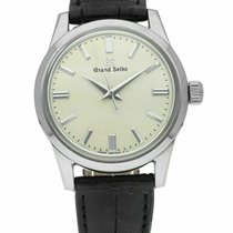 Seiko pre-owned 37mm Champagne 3 ATM