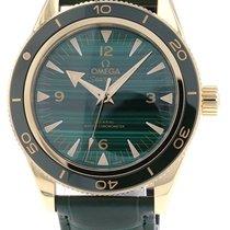 Omega Seamaster 300 neu 2021 Automatik Uhr mit Original-Box und Original-Papieren 234.63.41.21.99.001