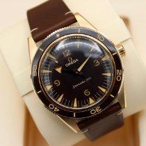 Omega Seamaster 300 neu 2021 Automatik Uhr mit Original-Box und Original-Papieren 234.92.41.21.10.001