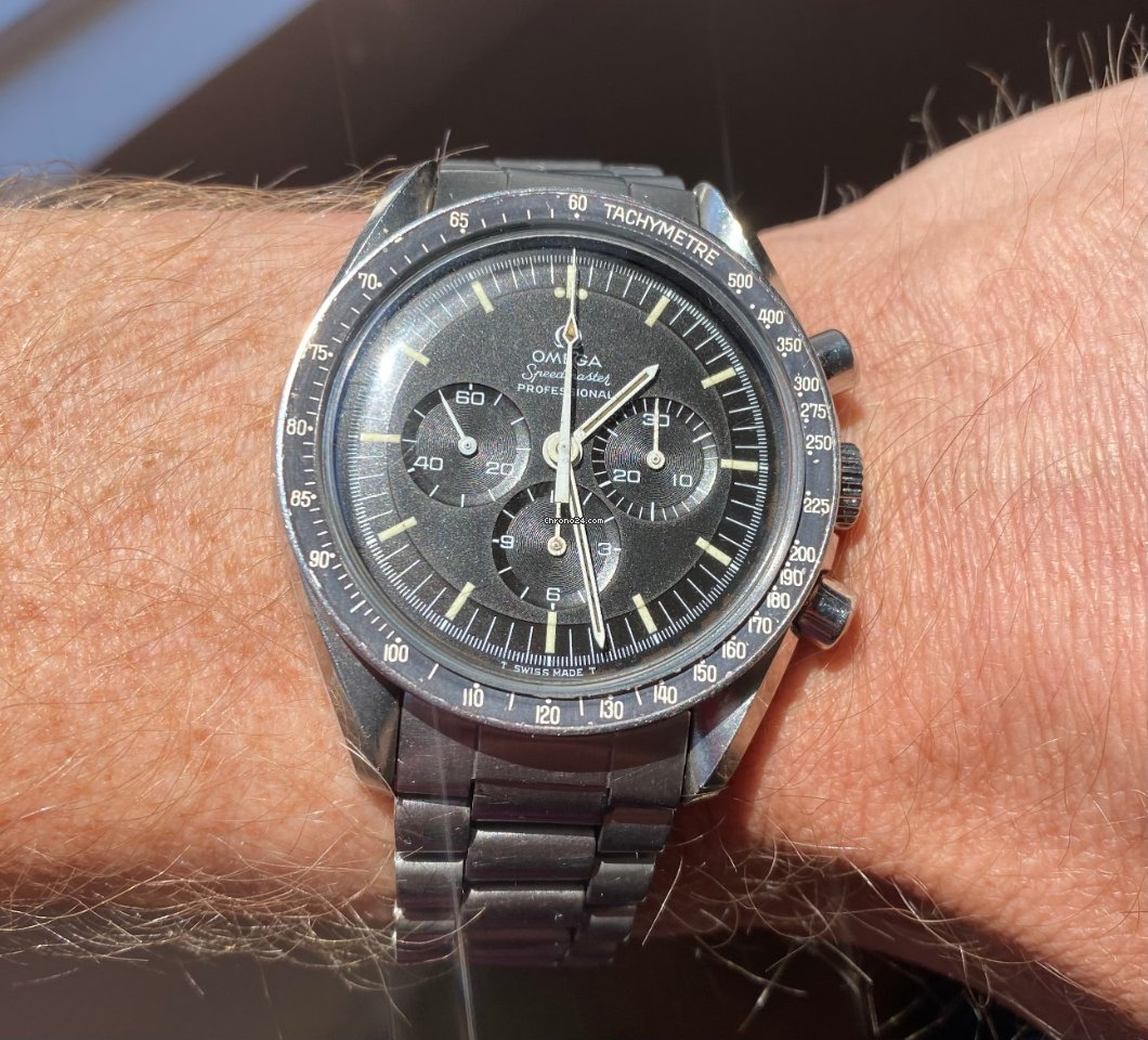 Omega Speedmaster Professional Moonwatch ST 145.022-69 1969 pre-owned