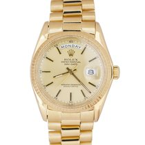 Rolex Yellow gold Automatic Champagne 36mm pre-owned Day-Date 36